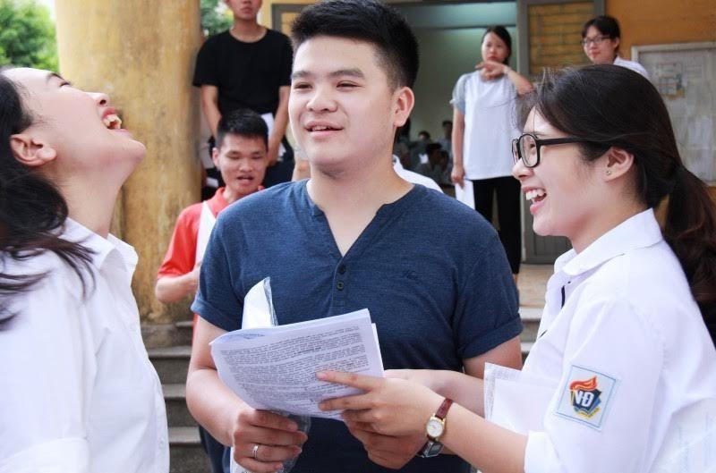 ĐH Quốc gia Hà Nội xét tuyển thí sinh có chứng chỉ A-level, SAT, IELTS